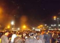 Pesta kembang api ribuan penon…