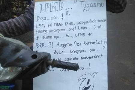 Warga Desa Semoyo Patuk Pasca Lebaran Demo ' Masyarakat Desa berhak melakukan pantauan pelaksanaan Pembangunan Desa