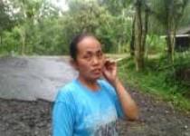 Maryanti  Semoyo Miris Lihat  Dengan Mata Kepala Sendiri Sering Terjadi Kecelakan Di Depan Rumahnya