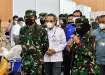 Panglima TNI Targetkan Vaksinasi…