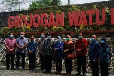 Destinasi Alam Wisata Grojokan Watu Purbo Resmi Di Buka