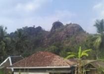 Gunung gentong di lirik wisatawan…