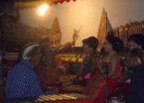 Kirab Budaya Pucung 2015 di Akhiri…