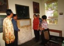 Bahasa Jawa Dan Inggris '…
