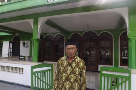 Jauhkan Dari Riba Bapak Sambyah Ini Bikin Koperasi Masjid