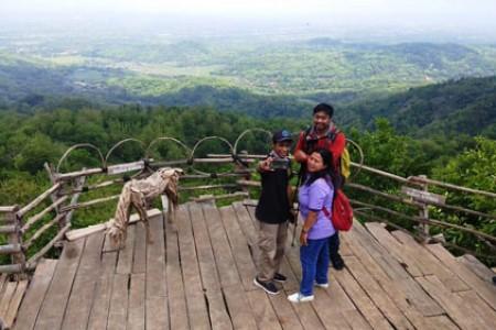 Obyek Wisata Watu Goyang Dlingo Berekembang Kini Butuh Sarana Prasarana
