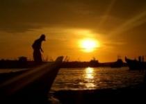 Nikmati Sunset di Lantai 19 Hotel…