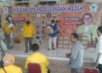 DPD Golkar DIY Peduli Awak Media…