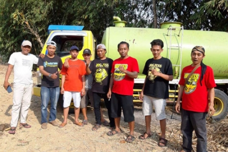 Komunitas Jogjess Comunity Peduli Kirim Bantuan Air  Bersih Ke Piyungan dan Gunungkidul