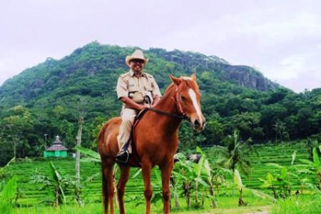 Haryo  Camat  Patuk  Gunungkidul Menggandrungi Destinasi Numpak Jaran