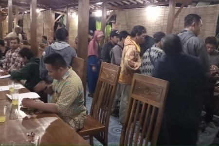 Warga Jogotirto Berbah Undang 5 DPRD 'DIY Tapi Absen' : Drs Mujiyono MM Berkibar Dapat Simpati warga