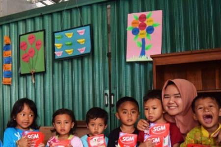 500 Susu Nutrisi Dibagikan Untuk Anak PAUD