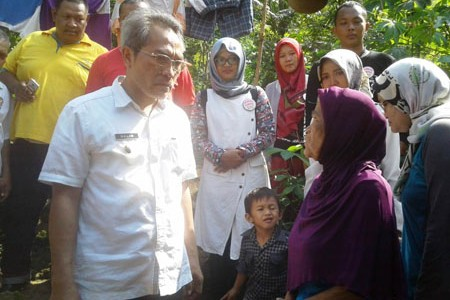 Wabup Bantul Abdul Halim Muslih Sambangi Warga Miskin Bantu Rumah Agar Layak Huni